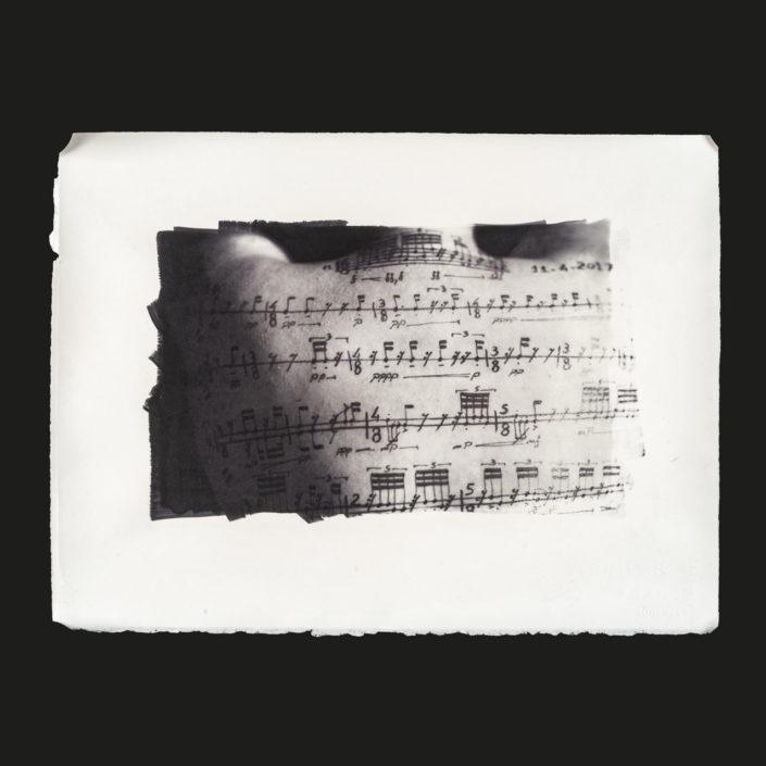 Maya-Esquisse (2018) stampa al carbone 38 x 28 cm
